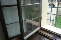 Oprava oken na Hradě Bouzov