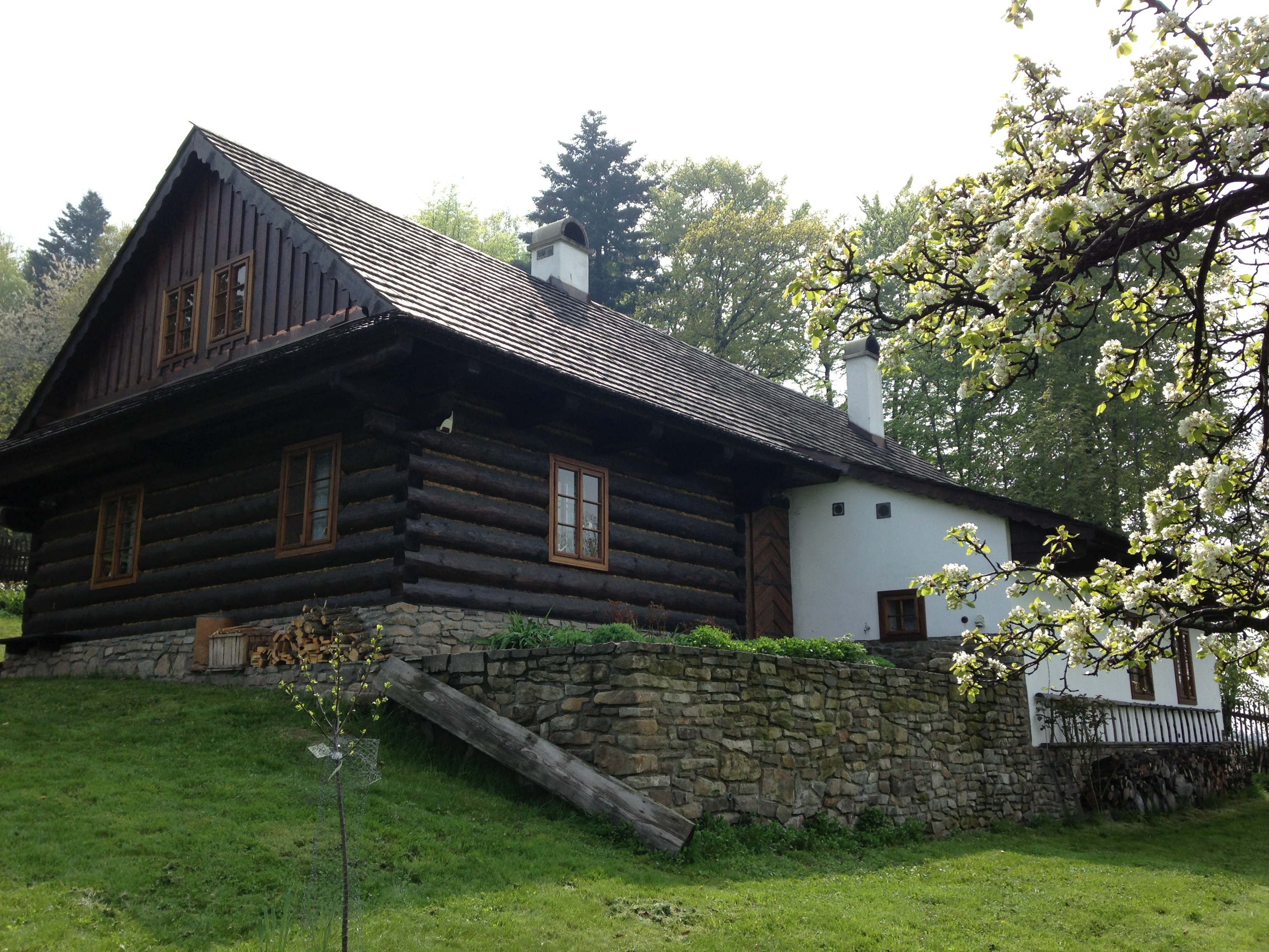Roubený dům v Krásné