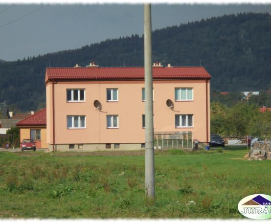 Střecha-na-bytovce-v-Ústí