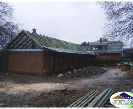 Krovová-konstrukce-v-Pržně