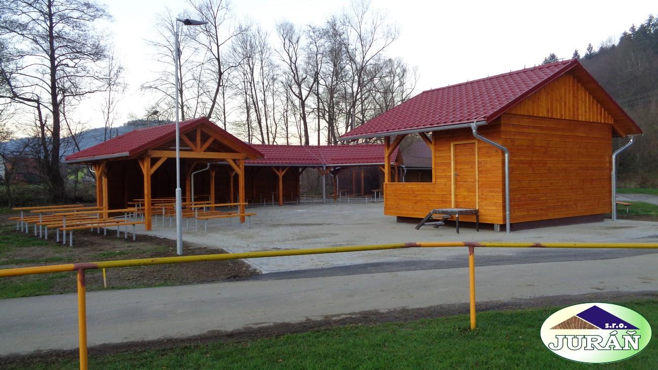 Oprava tanečního areálu v Leskovci